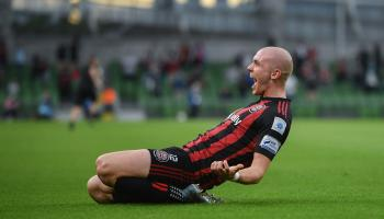 Former Derry City striker Kelly in no rush to decide his future