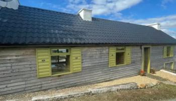 Ever dreamed of living in a log cabin in Donegal?