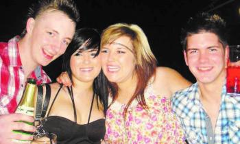 Throwback Tuesday: Out and About @ Dan's Bar, Claudy (2010)