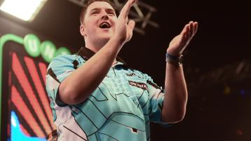 Gurney to meed third rank in quarter-final