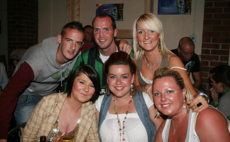 THROWBACK THURSDAY: Out & about at Derry's Dungloe Bar (2007)